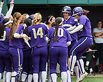 NCAA reg. champ. softball UW vs Harvard