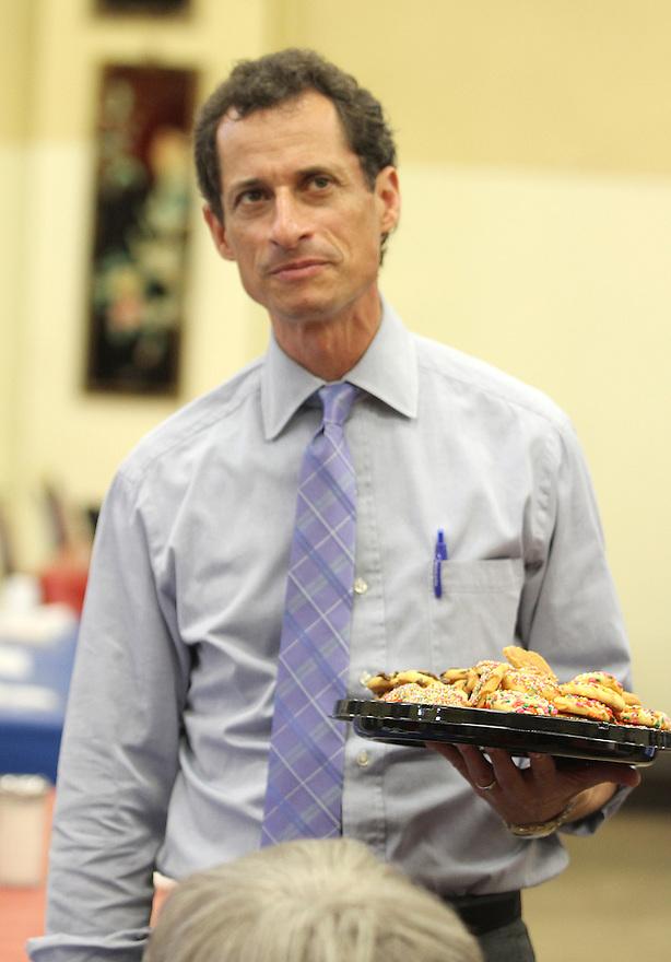 Anthony Weiner visits theRosetta Gaston Senior Center on Thursday, August 8, 2013 in Brooklyn,  New York. (AP Photo/ Donald Traill)