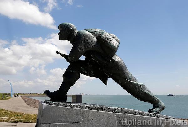 Oranjedijk in Vlissingen. Monument voor de gevallenen uit de Tweede Wereldoorlog