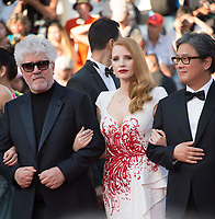 Pedro Almodovar, Jessica Chastain &amp; Park Chan-Wook at the Closing Gala for the 70th Festival de Cannes, Cannes, France. 28 May 2017<br /> Picture: Paul Smith/Featureflash/SilverHub 0208 004 5359 sales@silverhubmedia.com