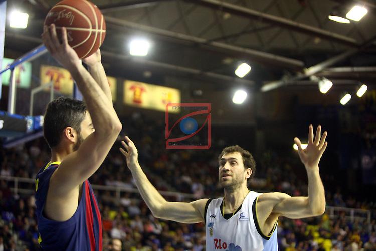 League ACB-ENDESA 2013/2014 - Game: 27.<br /> FC Barcelona vs Rio Natura Monbus: 77-62.<br /> Juan Carlos Navarro vs Benjamin Dewar.