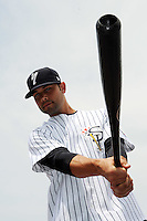 Staten Island Yankees outfielder Shane Brown (21) during first team workout at Richmond County Bank Ballpark at St. George in Staten Island, NY June 15, 2010.  Photo By Tomasso DeRosa/ Four Seam Images