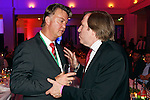 15.05.2010, Deutsche Telecom , Berlin, GER, DFB Pokal Finale 2010,  Champion Party, im Bild  <br />  Head coach Louis van Gaal talks to Guenther Netzer<br />  Foto © nph / po *** Local Caption ***