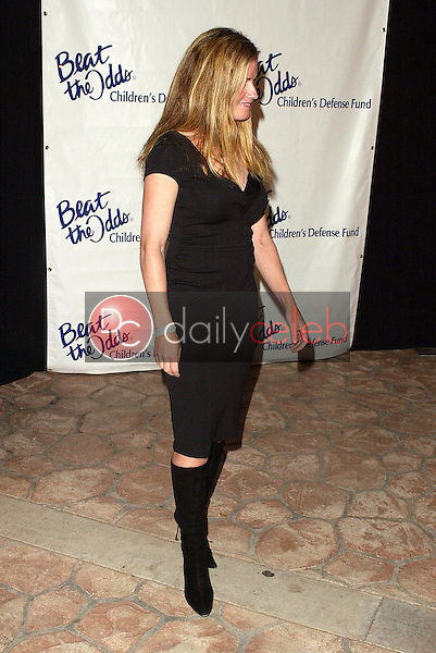 """Elisabeth Shue<br /> at the Children's Defense Fund 15th Annual Los Angeles """"Beat the Odds"""" Awards, Beverly Hills Hotel, Beverly Hills, CA 10-06-05<br /> Jason Kirk/DailyCeleb.Com 818-249-4998"""