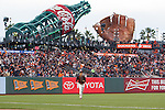 Norichika Aoki (Giants),<br /> MAY 9, 2015 - MLB : Norichika Aoki of the San Francisco Giants in action against the Miami Marlins during the Major League Baseball game at AT&amp;T Park in San Francisco, California, United States.<br /> (Photo by Thomas Anderson/AFLO) (JAPANESE NEWSPAPER OUT)