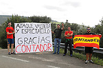 Alberto Contador (ESP) fans show their appreciation during Stage 18 of the 2017 La Vuelta, running 169km from Suances to Santo Toribio de Li&eacute;bana, Spain. 7th September 2017.<br /> Picture: Unipublic/&copy;photogomezsport | Cyclefile<br /> <br /> <br /> All photos usage must carry mandatory copyright credit (&copy; Cyclefile | Unipublic/&copy;photogomezsport)