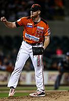 Barry Enrigth pitcher inicial de naranjeros, durante juego de beisbol de la Liga Mexicana del Pacifico temporada 2017 2018. Quinto juego de la serie de playoffs entre Mayos de Navojoa vs Naranjeros. 6Enero2018. (Foto: Luis Gutierrez /NortePhoto.com)