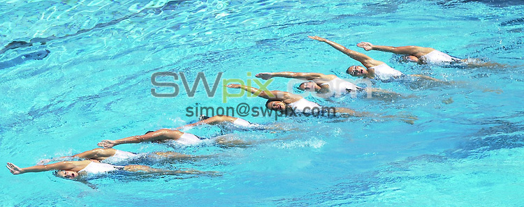 Pix: Matthew Lewis/SWpix.com. Synchronised Swimming. 10th Fina World Championships 2003, Barcelona. 14/07/2003...COPYRIGHT PICTURE>>SIMON WILKINSON>>01943 436649>>..The French team during thier routine in the Technical competition of the Synchronised swimming.