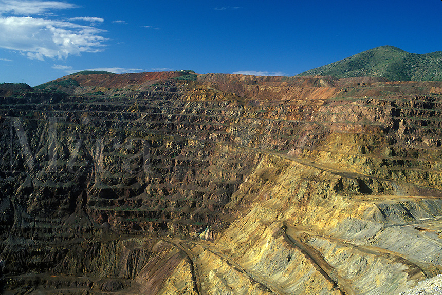 Lavender  Pit  Mine , an open pit copper mine , 1.25 miles long, 1.00 mile wide and 950 feet deep