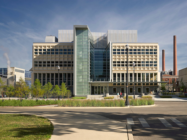 Cunz Hall at the Ohio State University | Architect: Jon Barnes Architecture & Design