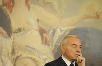 Roma, 22 Settembre 2011.Palazzo Chigi, sala stampa.il sottosegretario alla Presidenza del Consiglio dei Ministri Gianni Letta a conclusione del Consiglio dei Ministri