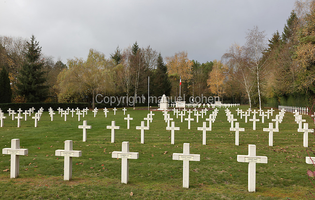 Russian cemetery, Saint-Hilaire-le-Grand, Marne, Champagne-Ardenne, France, honouring the 6,100 Russian soldiers killed on French battlefields, in memory of the Franco-Russian military alliance celebrated at the visit of Czar Nicholas II to Champagne in 1896 and 1901. 1,000 Russian soldiers from 2 brigades who fought on the French front in 1916-18 are buried here. An adjoining Orthodox Chapel was , designed by Albert Benois and built 1936-37 with funds from the Association du Souvenir du Corps Expeditionnaire Russe. The site is listed as a historic monument. Picture by Manuel Cohen