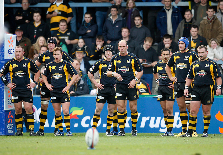 Photo: Richard Lane/Richard Lane Photography..London Wasps v Gloucester Rugby. EDF Energy Cup. 04/11/2007. .Wasps team.