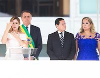 BRASILIA, DF, 01.01.2019 - BOLSONARO-POSSE-    A primeira-dama, Michele Bolsonaro, usa linguagem de libras antes do discurso do presidente empossado, Jair Bolsonaro, nesta terça-feira, 01.(Foto:Ed Ferreira / Brazil Photo Press)