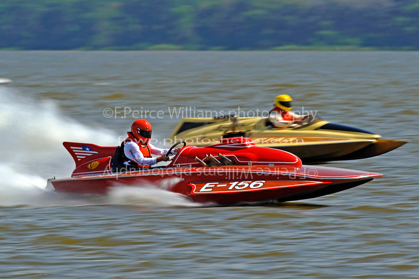 "Paul Scopinich, E-156 ""Sin"" (1975 Lloyd 280 class hydroplane) and Jim Houle, E-143 ""Macaroni"" (1970 Ron Jones 280 class cabover hydroplane)"
