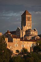 Europe/France/Poitou-Charentes/86/Vienne/Chauvigny: La ville haute, l'Eglise Saint-Pierre