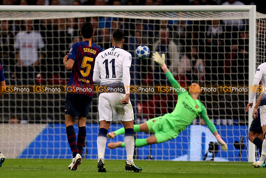 Erik Lamela of Tottenham Hotspur scores the second goal during Tottenham Hotspur vs FC Barcelona, UEFA Champions League Football at Wembley Stadium on 3rd October 2018