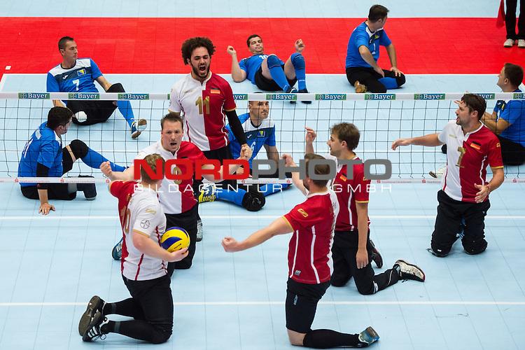 07.10.2015, Sportschule der Bundeswehr, Warendorf<br /> Sitzvolleyball, Europameisterschaft, Finale, Deutschland vs. Bosnien-Herzegowina<br /> <br /> Jubel Christoph Herzog (#10 GER), JŸrgen / Juergen Schrapp (#9 GER), Barbaros Sayilir (#11 GER), Alex Schiffler (#1 GER), Torben Schiewe (#14 GER), Heiko Wiesenthal (#7 GER)<br /> <br />   Foto &copy; nordphoto / Kurth