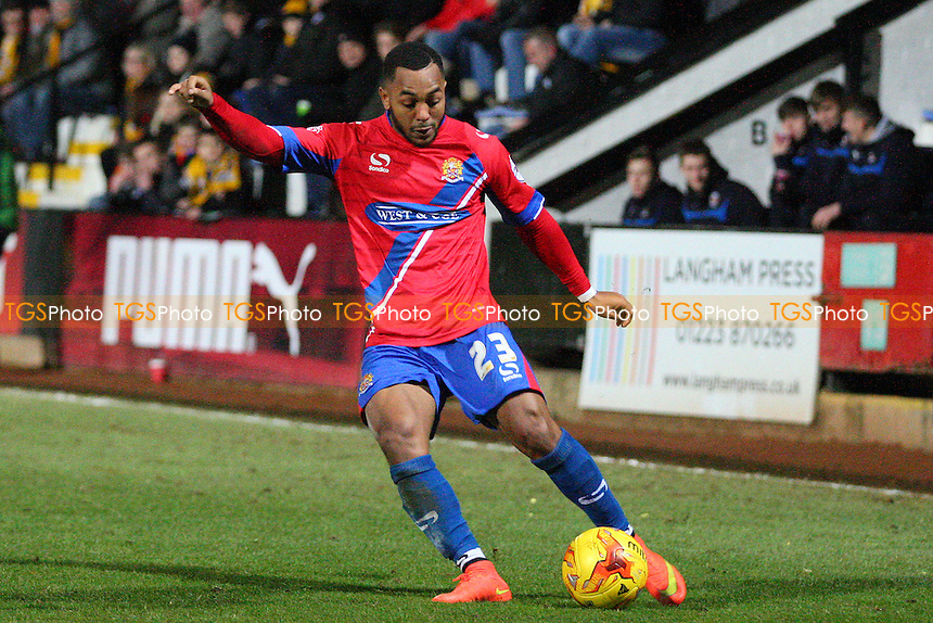 Ashley Hemmings of Dagenham and Redbridge - Cambridge United vs Dagenham and Redbridge - Sky Bet League Two action at the Abbey Stadium on 27/01/2015 - MANDATORY CREDIT: Dave Simpson/TGSPHOTO - Self billing applies where appropriate - 0845 094 6026 - contact@tgsphoto.co.uk - NO UNPAID USE