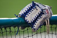 BASEBALL - MLB - DODGERTOWN (USA) - 03/08/2008 - PHOTO: CHRISTOPHE ELISE.JORIS BERT'S GLOVE (LOS ANGELES DODGERS)