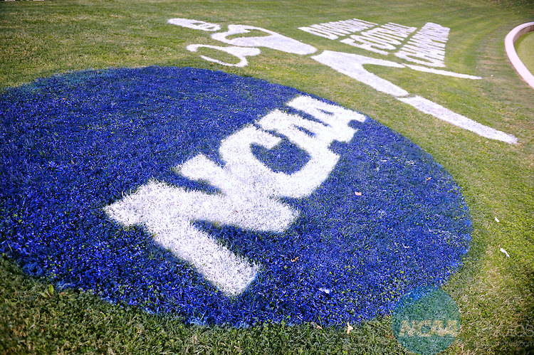19 DEC 2008:  Richmond takes on Montana during the 2008 Division I Men's Football Championship held at Finley Stadium-Davenport Field in Chattanooga, TN. Richmond defeated Montana 24-7 for the national title. Stephen Nowland/NCAA Photos