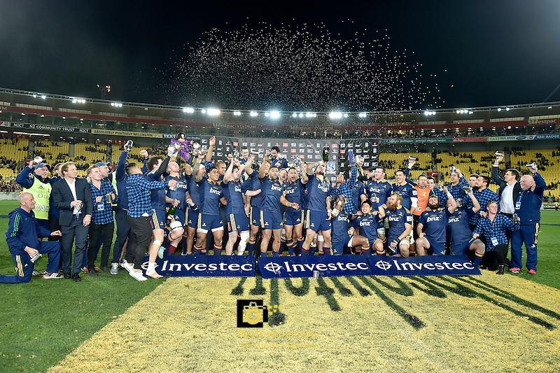 Highlanders Team, Super Rugby Final - Hurricanes v Highlanders at Westpac Stadium, Wellington, New Zealand on Saturday 4 July 2015.<br /> Photo by Masanori Udagawa. <br /> www.photowellington.photoshelter.com.