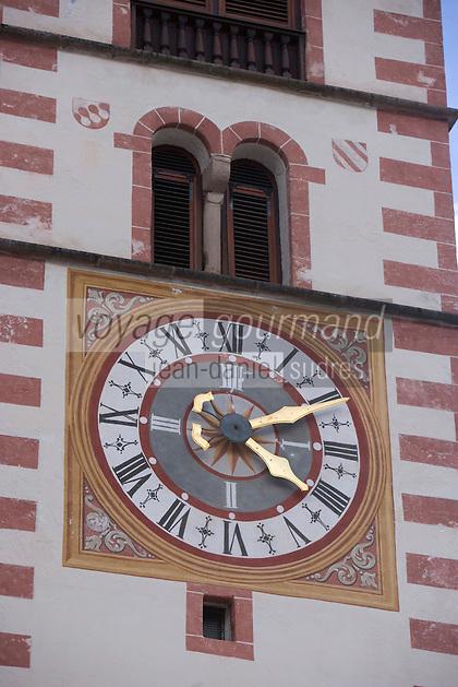 EEurope/Italie/Trentin Haut-Adige/Dolomites/Val-Gardena/Santa Cristina: Détail horloge église