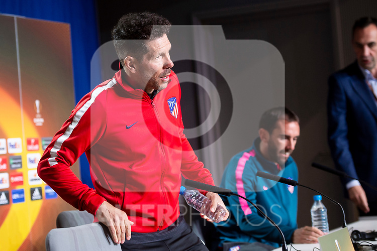 Atletico de Madrid coach Diego Simeone and Diego Godin during press conference day before Europa League Semi Finals First Leg at Wanda Metropolitano in Madrid, Spain. May 02, 2018.  (ALTERPHOTOS/Borja B.Hojas)