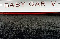 """Waterline of """"Baby Gar V""""."""