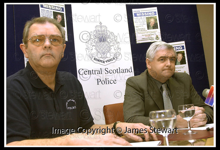 24/1/2002                 Copyright Pic : James Stewart                     .File Name : stewart-linn press conf 10.INSPECTOR BRIAN HENCHER AND DCI HECTOR CAIRNS OF CENTRAL SCOTLAND POLICE TALKS TO THE MEDIA AT THE PRESS CONFERENCE GIVING DETAILS OF THE PROPOSED SEARCH FOR THE BODY OF GARY LINN AT  AVONDALE LANDFILL SITE NEAR GRANGEMOUTH.....(see copy from Jim Davis).....James Stewart Photo Agency, Stewart House, Stewart Road, Falkirk. FK2 7AS      Vat Reg No. 607 6932 25.Office : +44 (0)1324 630007     .Mobile : + 44 (0)7721 416997.Fax     :  +44 (0)1324 630007.E-mail : jim@jspa.co.uk.If you require further information then contact Jim Stewart on any of the numbers above.........