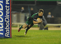 23rd November 2013; Matt Healy, Connacht, goes over to score his side's first try. Rabodirect Pro12, Connacht v Scarlets, Sportsground, Galway. Picture credit: Tommy Grealy/actionshots.ie.