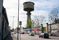 Sesto San Giovanni (Milano), ex area industriale delle acciaierie Falck. Torre dell'acqua --- Sesto San Giovanni (Milano), former industrial site of Falck steelworks. Water tower