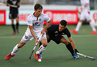 Nick Ross defends. Pro League Hockey, Vantage Blacksticks v Belgium. Harbour Hockey Stadium, Auckland, New Zealand. Friday 1st February 2019. Photo: Simon Watts/Hockey NZ