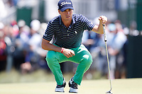 Justin Thomas (USA) lines up a putt on the 8th hole during the second round of the 118th U.S. Open Championship at Shinnecock Hills Golf Club in Southampton, NY, USA. 15th June 2018.<br /> Picture: Golffile | Brian Spurlock<br /> <br /> <br /> All photo usage must carry mandatory copyright credit (&copy; Golffile | Brian Spurlock)