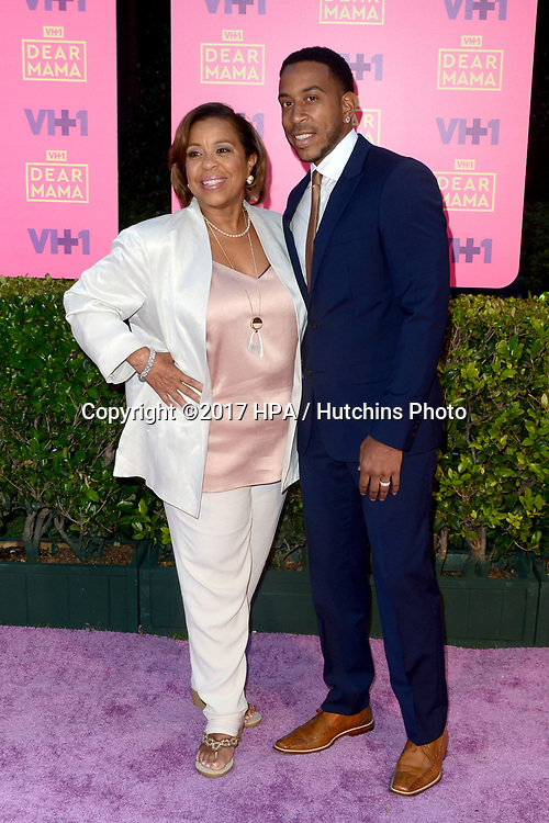LOS ANGELES - MAY 6:  Pic at the VH1`s 2nd Annual Dear Mama: An Event To Honor Moms on the Huntington Library on May 6, 2017 in Pasadena, CA
