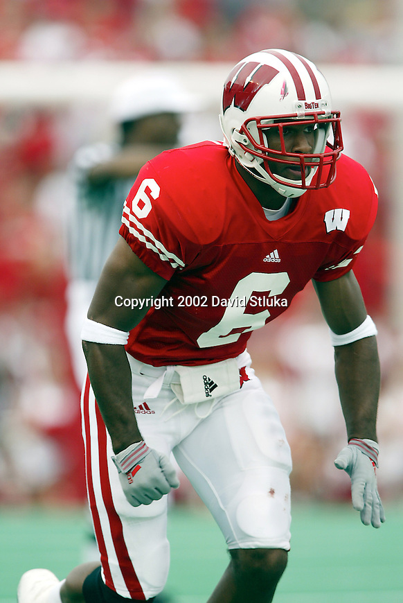 University of Wisconsin defensive back Brett Bell (6) during the Northern Illinois football game at Camp Randall in Madison, Wisconsin, on 9/14/02. The Badgers beat Northern Illinois 24-21 (Photo by David Stluka)