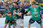 06.10.2019, Klingenhalle, Solingen,  GER, 1. HBL. Herren, Bergischer HC vs. TSV GWD Minden, <br /> <br /> im Bild / picture shows: <br /> Fabian Gutbrod (BHC #22), im Zweikampf gegen  CHRISTOFFER RAMBO (Minden #9), MAGNUS GULLERUD (Minden #21), <br /> <br /> <br /> Foto © nordphoto / Meuter