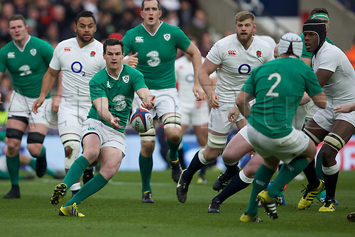 27.02.2016. Twickenham, London, England. RBS Six Nations Championships. England versus Ireland. Ireland fly-half Jonathan Sexton passes the ball.