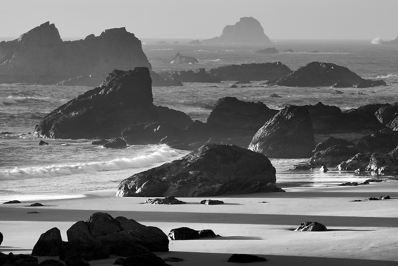 Rocks and ocean at Harris Beach State Park, Oregon