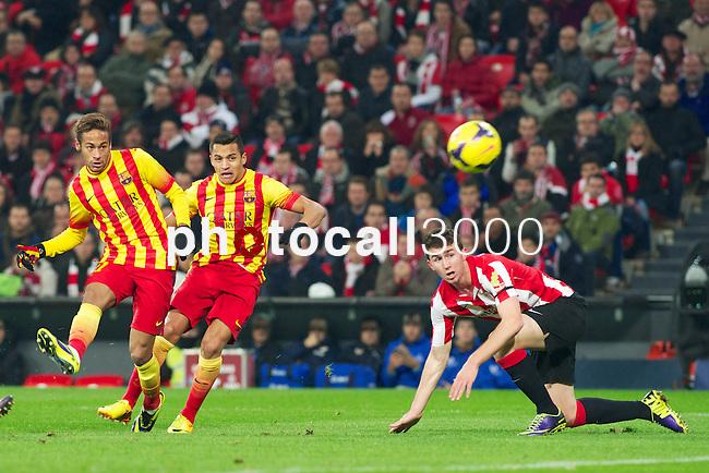 BILBAO.ESPAÑA.FÚTBOL.<br /> Partido de La Liga BBVA entre el Ath.Club y el Barça , a 01/12/2013.<br /> En la imagen :<br /> 9Alexis Sanchez (FC Barcelona)<br /> 11Neymar (FC Barcelona)<br /> 4Aymeric Laporte (Athletic Bilbao)