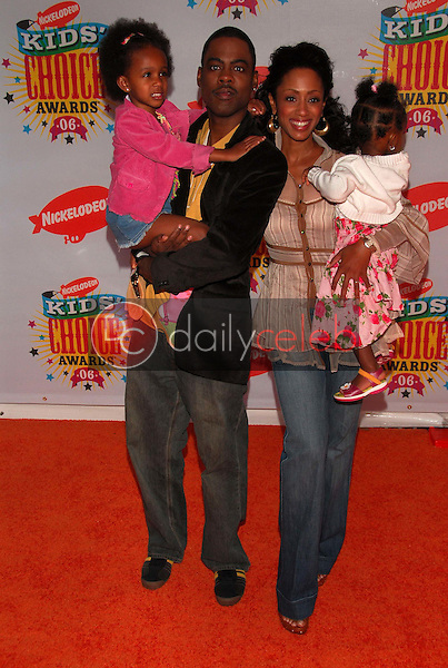 Chris Rock and family<br />at Nickelodeon's 19th Annual Kids' Choice Awards. Pauley Pavilion, Westwood, CA. 04-01-06<br />Dave Edwards/DailyCeleb.com 818-249-4998