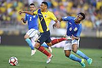 Action photo during the match Brazil vs Ecuador, Corresponding Group -B- America Cup Centenary 2016, at Rose Bowl Stadium<br /> <br /> Foto de accion durante el partido Brasil vs Ecuador, Correspondiante al Grupo -B-  de la Copa America Centenario USA 2016 en el Estadio Rose Bowl, en la foto: (i-d) Jefferson Montero de Ecuador y Elias de Brasil<br /> <br /> <br /> 04/06/2016/MEXSPORT/Omar Martinez.