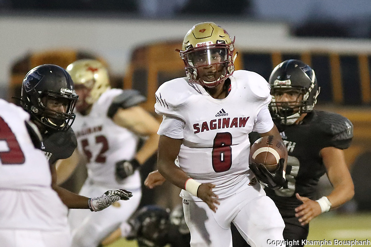 Saginaw loses to South Hills 29-13 in high school football at Handley Field in Fort Worth on Thursday, September 7, 2017. (photo by Khampha Bouaphanh)