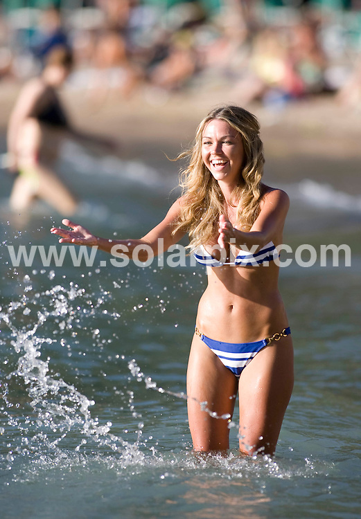 **ALL ROUND EXCLUSIVE PICTURES FROM SOLARPIX.COM**.**WORLDWIDE SYNDICATION RIGHTS**.PIctures show ex Emmerdale babe Adele Silva soaking up the Spanish sun in Ibiza this week..JOB REF: 7048-AB1       DATE: 13.08.08.**MUST CREDIT SOLARPIX.COM OR DOUBLE FEE WILL BE CHARGED* *UNDER NO CIRCUMSTANCES IS THIS IMAGE TO BE REPRODUCED FOR ANY ONLINE EDITION WITHOUT PRIOR PERMISSION*