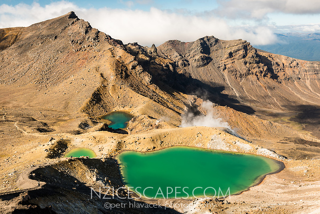 Emerald Lakes on Tongariro Alpine Crossing Track Tongariro Nationasl Park, Central Plateau, North Island, UNESCO World Heritage Area, New Zealand, NZ
