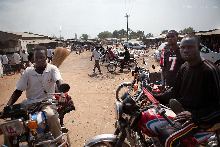 15 january 2011 - Juba, Sudan - Boda-boda drivers in Juba streets - Photo credit: Benedicte Desrus