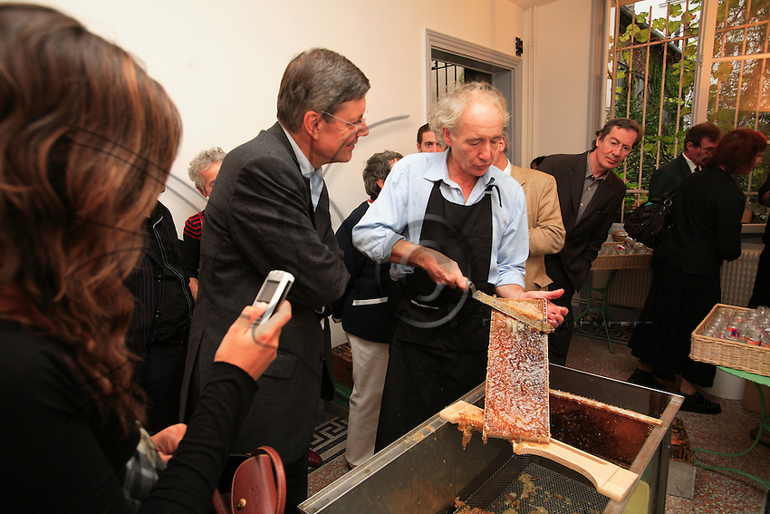 Paris. Honey harvest at a Paris advertising agency. Henri Meynadier, defender of bees and beekeeping, is the CEO of the Anatome agency in Paris' 11th arrondissement.
