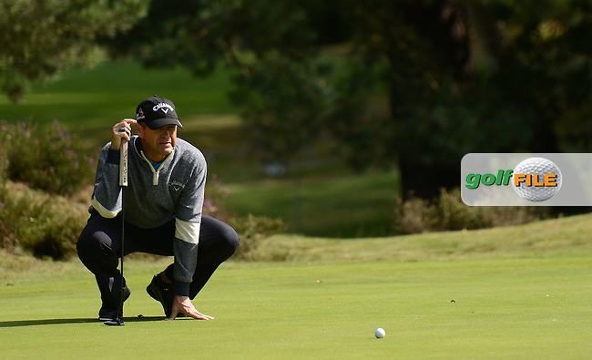 Lee Janzen of USA lines up a putt during the Second Round of The Senior Open at Sunningdale Golf Club, Sunningdale, England. Picture: Golffile | Richard Martin-Roberts<br /> All photo usage must carry mandatory copyright credit (&copy; Golffile | Richard Martin- Roberts)
