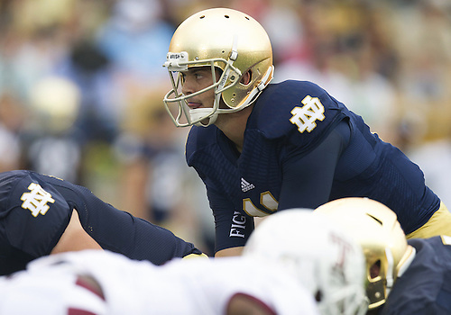 August 31, 2013:  Notre Dame Fighting Irish quarterback Tommy Rees (11) calls the signals during NCAA Football game action between the Notre Dame Fighting Irish and the Temple Owls at Notre Dame Stadium in South Bend, Indiana.  Notre Dame defeated Temple 28-6.