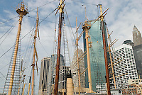 AVAILABLE FOR LICENSING FROM PLAINPICTURE.  Please go to www.plainpicture.com and search for image # p5690122.<br /> <br /> Historic Ship Mast and Rigging, South Street Seaport, New York City, New York State, USA